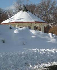 SnowGazebo2