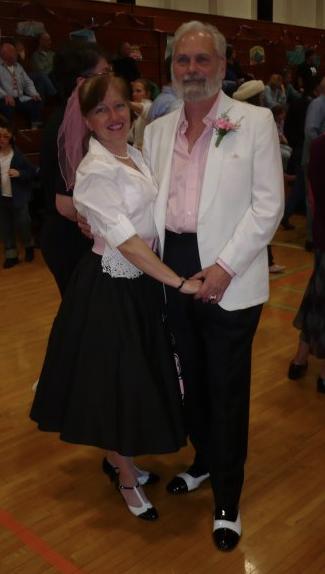 NSL_151_Dancing Duo