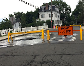 Water Main Leak Road Piermont Ave Closed 20160818